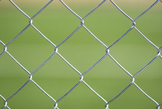 Stainless-Steel-Chain-Link-Fence
